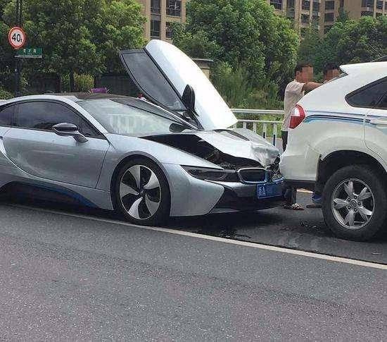 六种最容易发生事故的驾驶方式,也是最让人厌恶的!