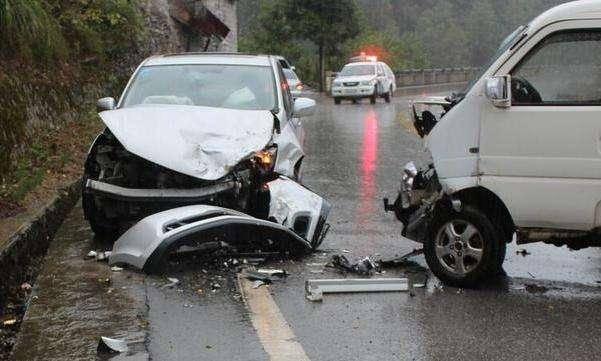 世界上死亡率最高的原配三辆车,第一个女司机喜欢