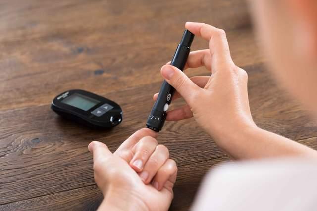 """糖尿病的""""元凶""""找到了!常吃这3样,促进代谢,血糖慢慢稳下来"""