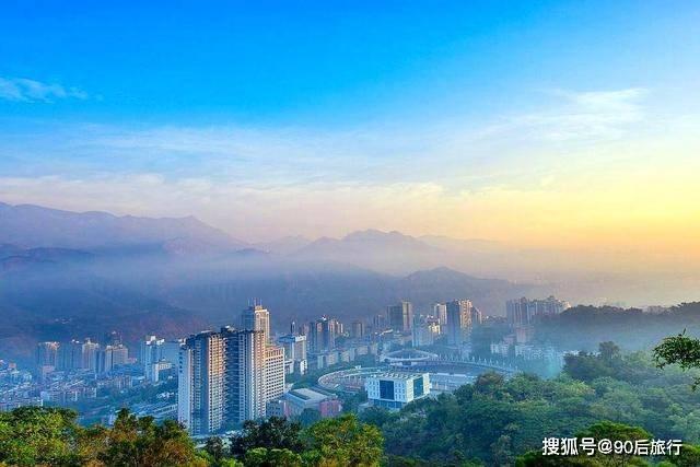 我国以花命名的城市,全年日照300天,生活节奏超慢,很适合养老