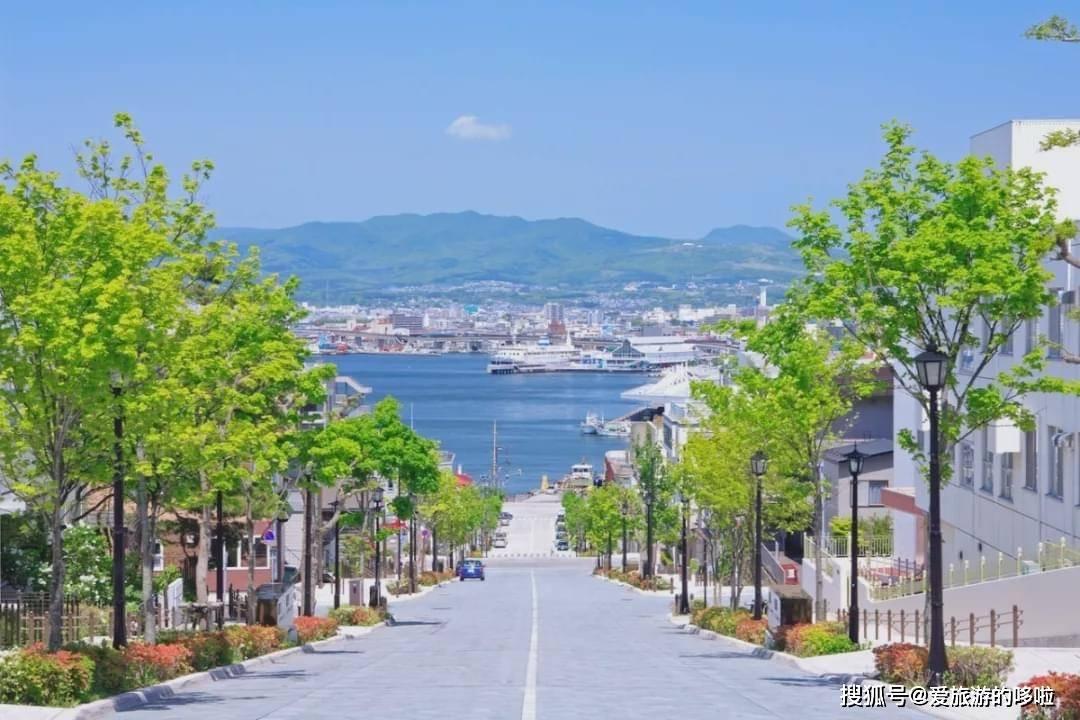 日本最美坡道!路的尽头就是海~