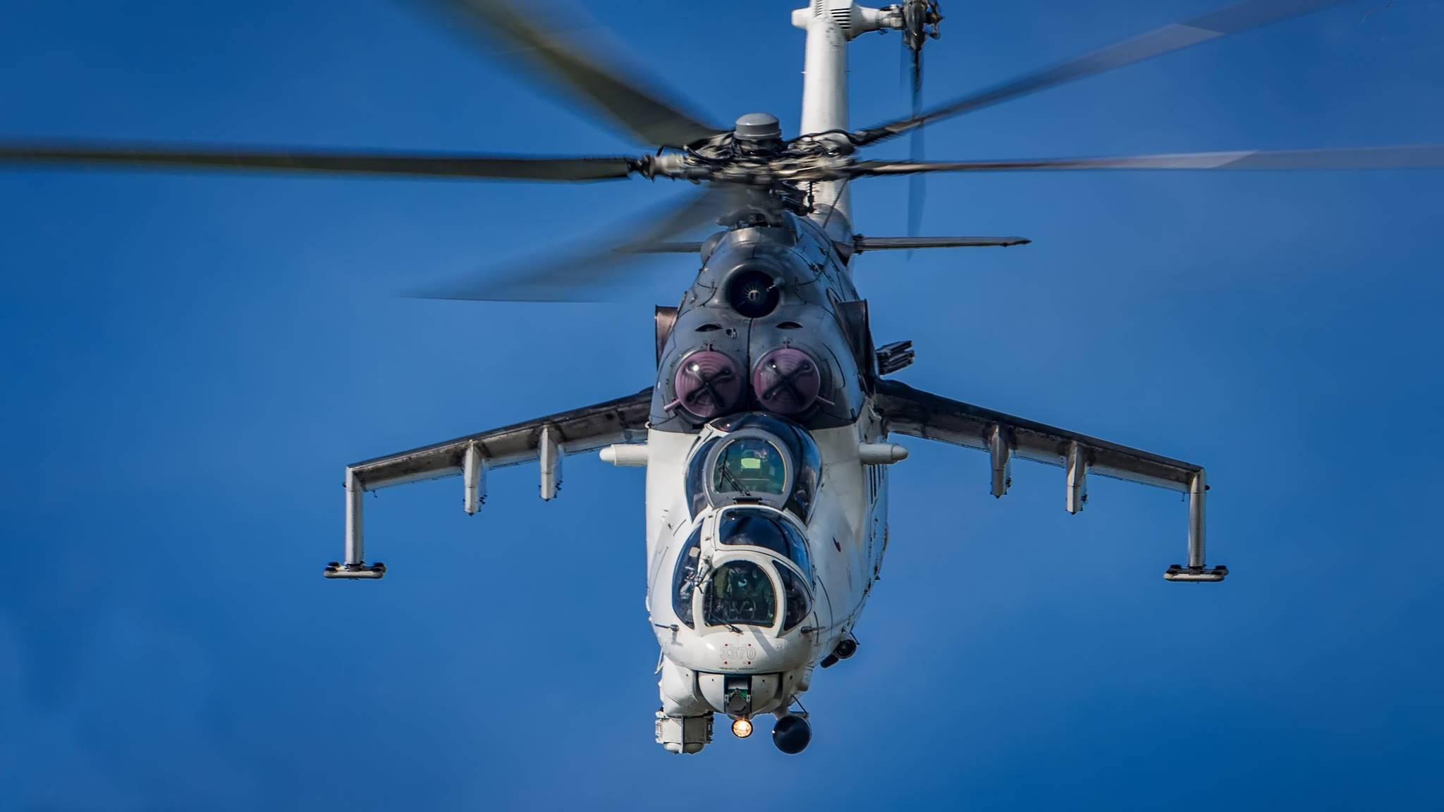 """凶悍的""""雌鹿""""!俄天空钢铁的""""飞行怪物"""",不愧是米-24武装直升机"""