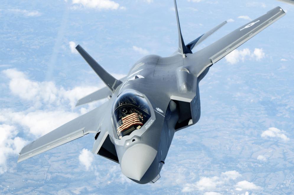 美军F-35再次验证新战术,印度担忧:S-400能不能对抗隐身战机?