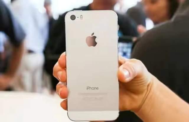 原创             iOS14早就有了,为何苹果还要紧急发布iOS12新版本?