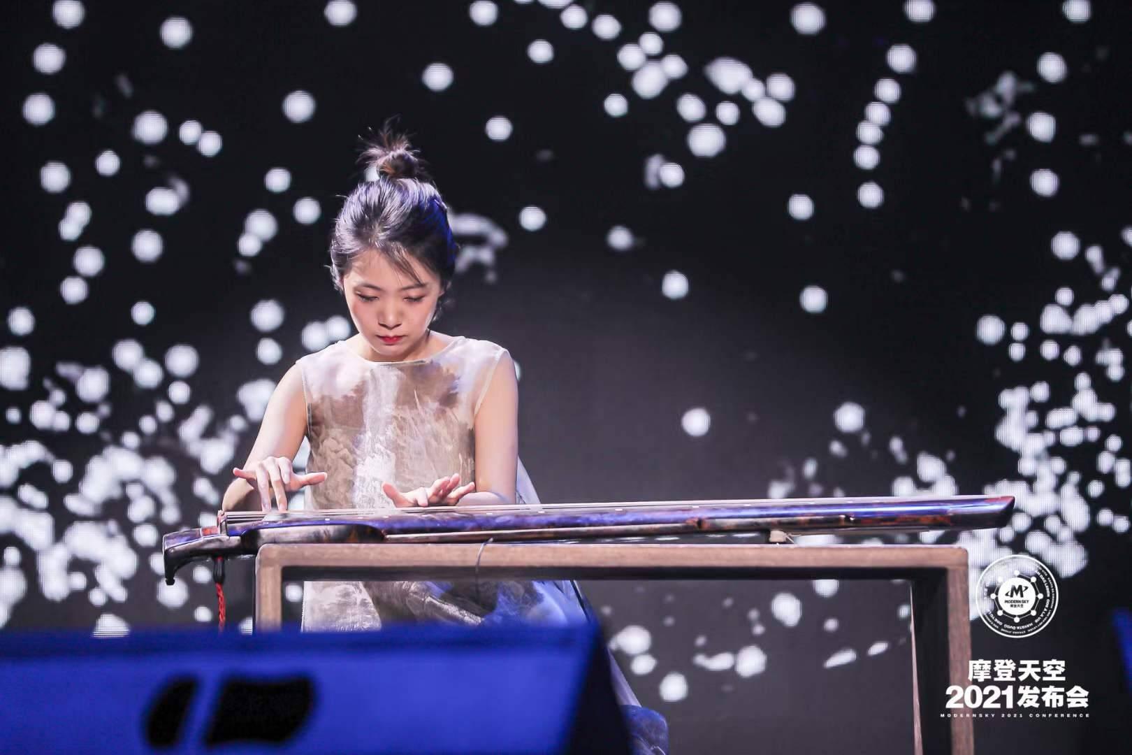 高德平台代理开户「律」厂牌 古琴人声原创专辑《视念·曼咏》今日上线