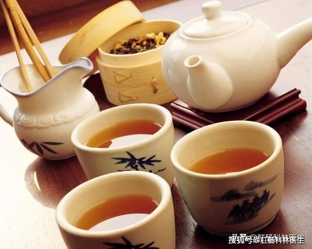 可以用茶水服药吗图片