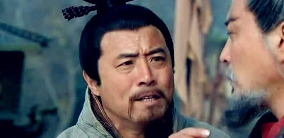 南阳谋士许攸,背袁投曹的背后有何缘由?