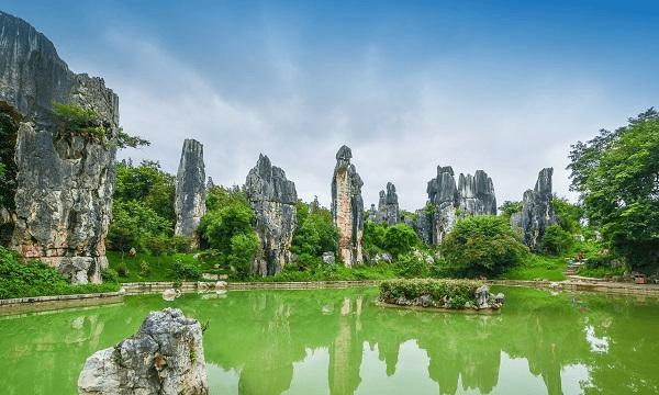 """云南昆明是一个优势明显的""""无奈""""县,但发展跟不上一个镇"""
