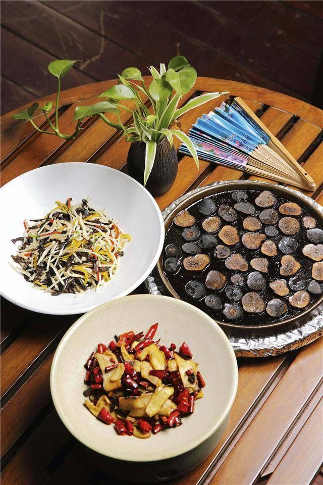在云南,宁愿放弃吃肉,也得尝尝下面几种蔬菜