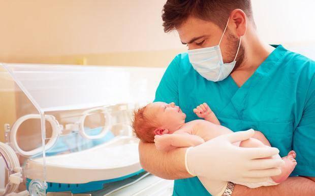 宝宝出生后,最关键的48小时都经历了啥?新手爸妈早看早知道