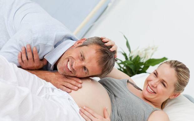 """""""男胎动早,女胎动晚""""?NO!孕期不同的胎动,会发出不同的信号"""