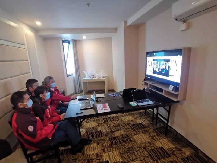 中国医疗专家组与秘鲁华侨华人交流新冠防疫知