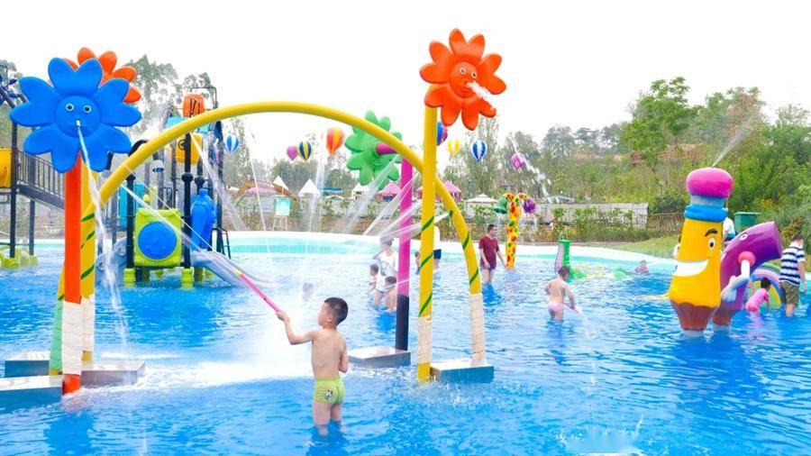 打卡夏威夷沙滩、土耳其热气球······六一,成都这些地方好耍又优惠