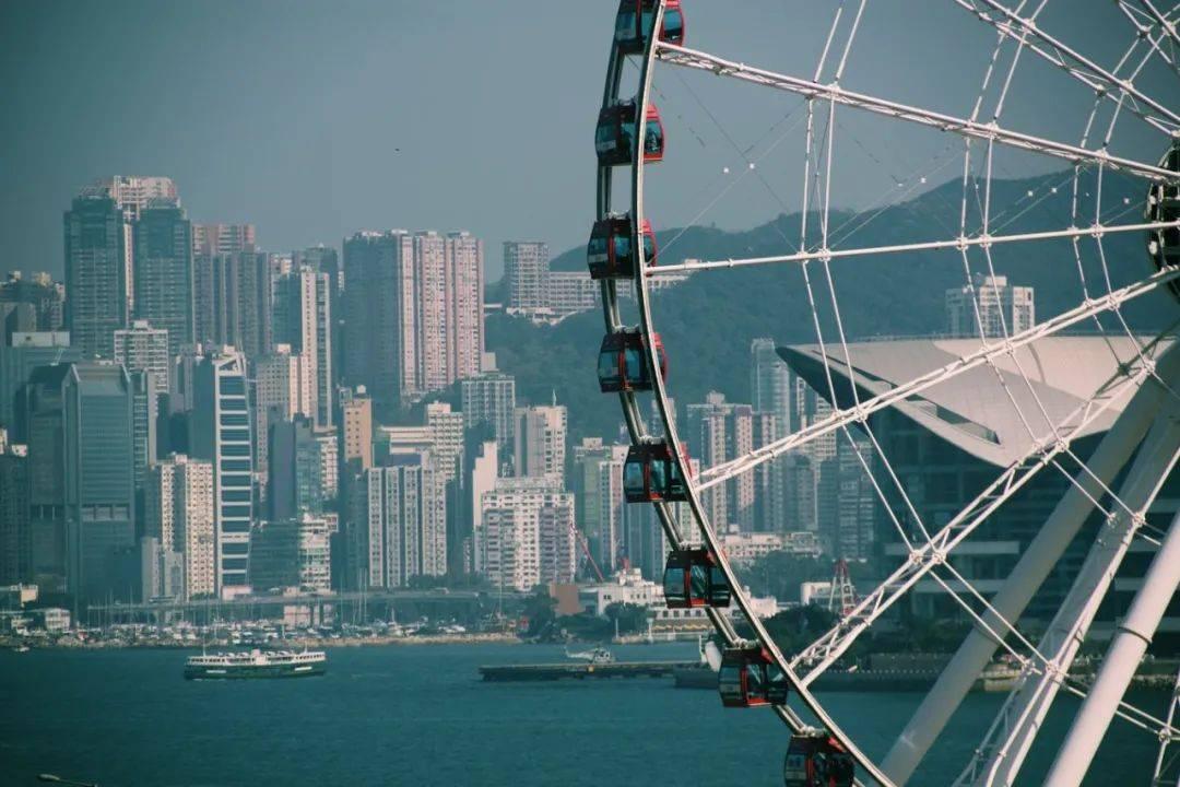 """美国威胁不让香港再""""特殊"""",这1300多家企业怎么办?"""