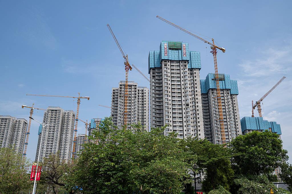 """东莞楼市""""局部""""疯狂:有房源半年涨价上百万,谁是背后推手?"""