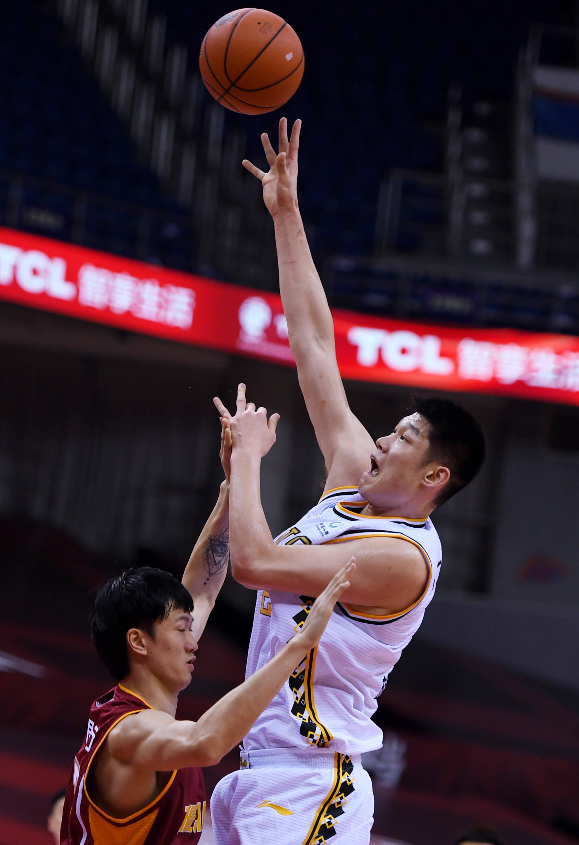 篮球——CBA复赛第一阶段:浙江广厦控股胜浙江稠州银行