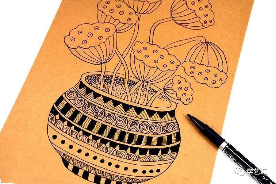 线描素材点线面_教程|创意线描--花瓶里的夏日荷花和莲藕_画面