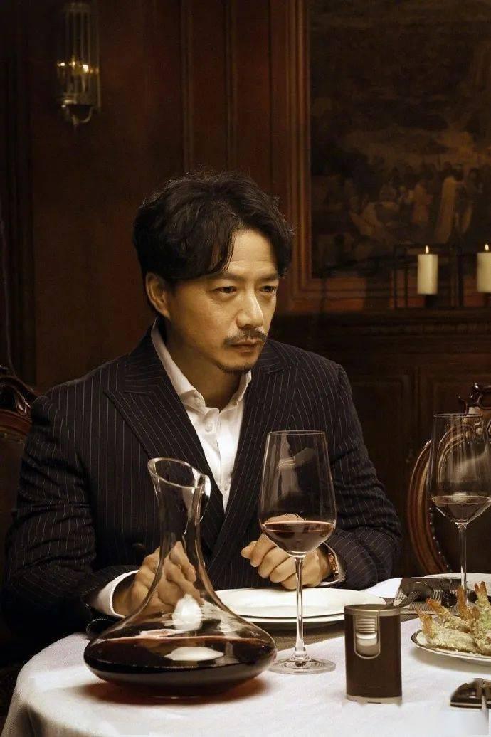 有一种帅叫段奕宏,荷尔蒙爆表的他有几个人顶得住? 动作教学 第6张