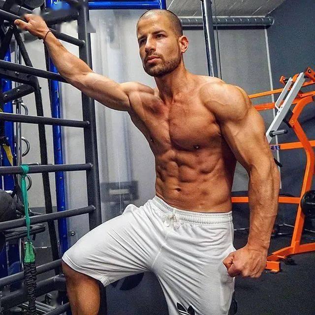 健身12年从未用过任何补剂,一样练出逆天惊人身材! 高级健身 第34张