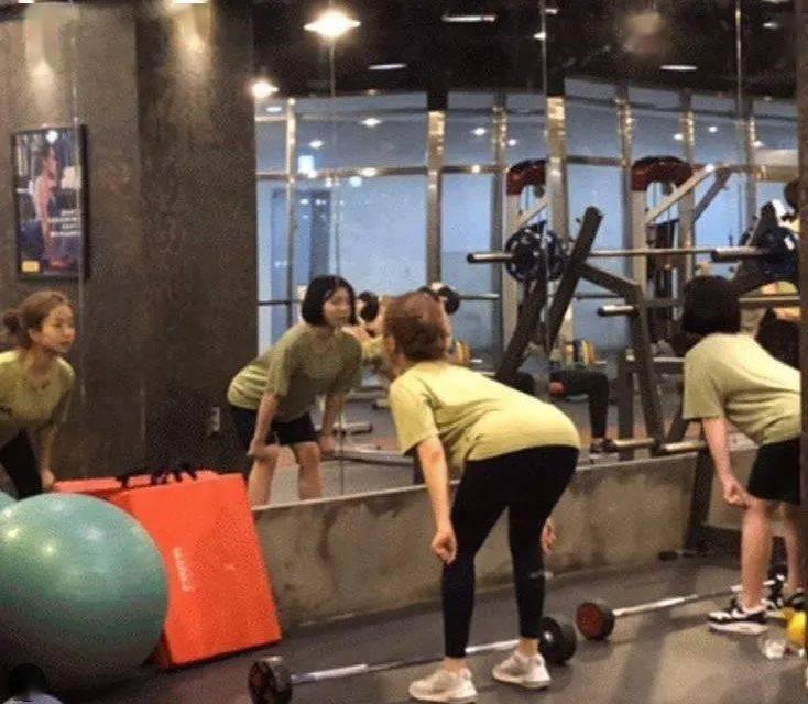 从156斤减到90斤,她用一年经历告诉我们:每个胖子瘦下来都是潜力股!_Hyun 高级健身 第15张