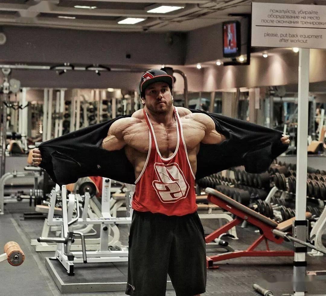 55cm臂围的肌肉硬汉,看了他的奶爸日常,我都想生娃了 初级健身 第12张