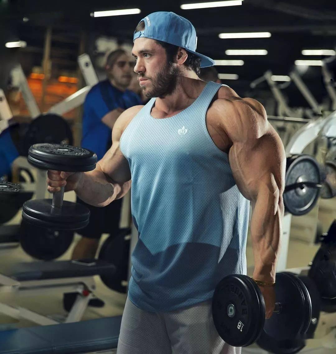 55cm臂围的肌肉硬汉,看了他的奶爸日常,我都想生娃了 初级健身 第4张