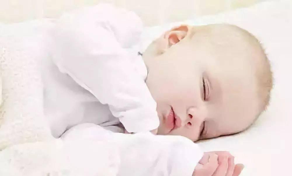 八种错误的哄睡方法危害宝宝的健康,妈妈看看你有没有