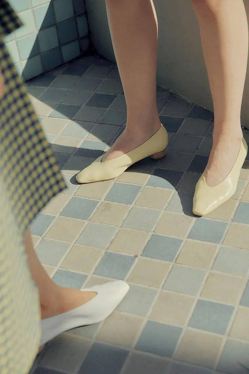 选对平底鞋,比高跟鞋更显腿长,还很舒服!!