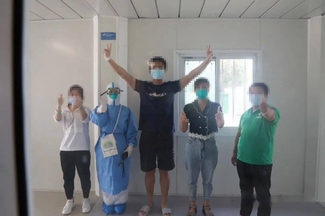 【抗击疫情众志成城】又一大波儿患者出院,32名!