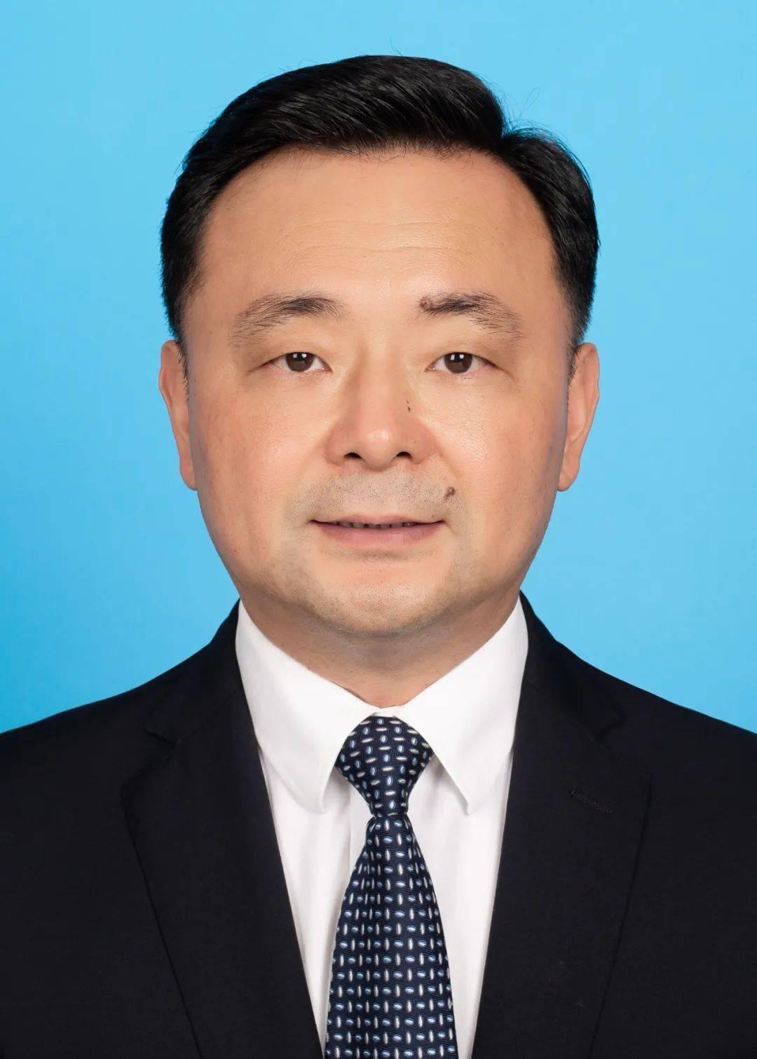 陈敏任鹰潭市人民政府市长