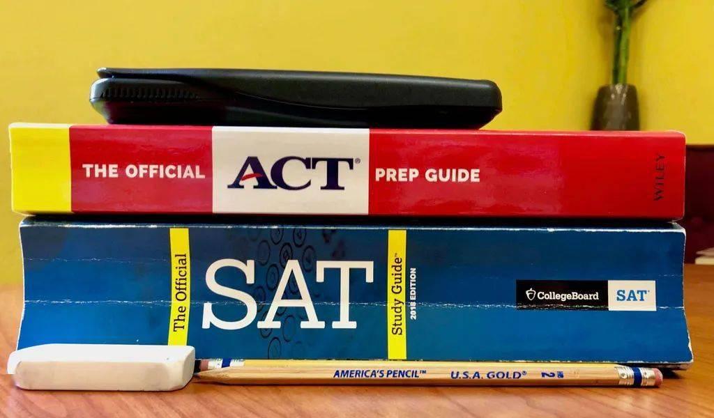 更新!有哪些美国大学申请不需要SAT?500所啦!