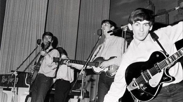 """披头士乐队组建60周年,诞生地汉堡举办""""云演出""""纪念"""
