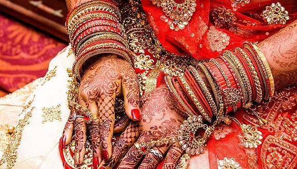印度黄金消费陷26年低谷,世界第2大市场期盼婚礼佳节