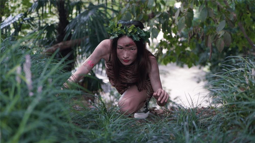"""《十三猎杀》映前打造""""丛林战舞""""引爆游客观影热情"""