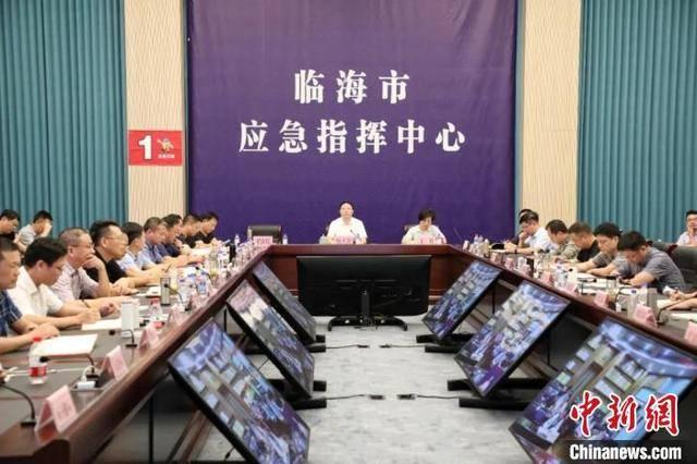台州临海古城门因洪水预警封堵,去年受台风影响内涝严重
