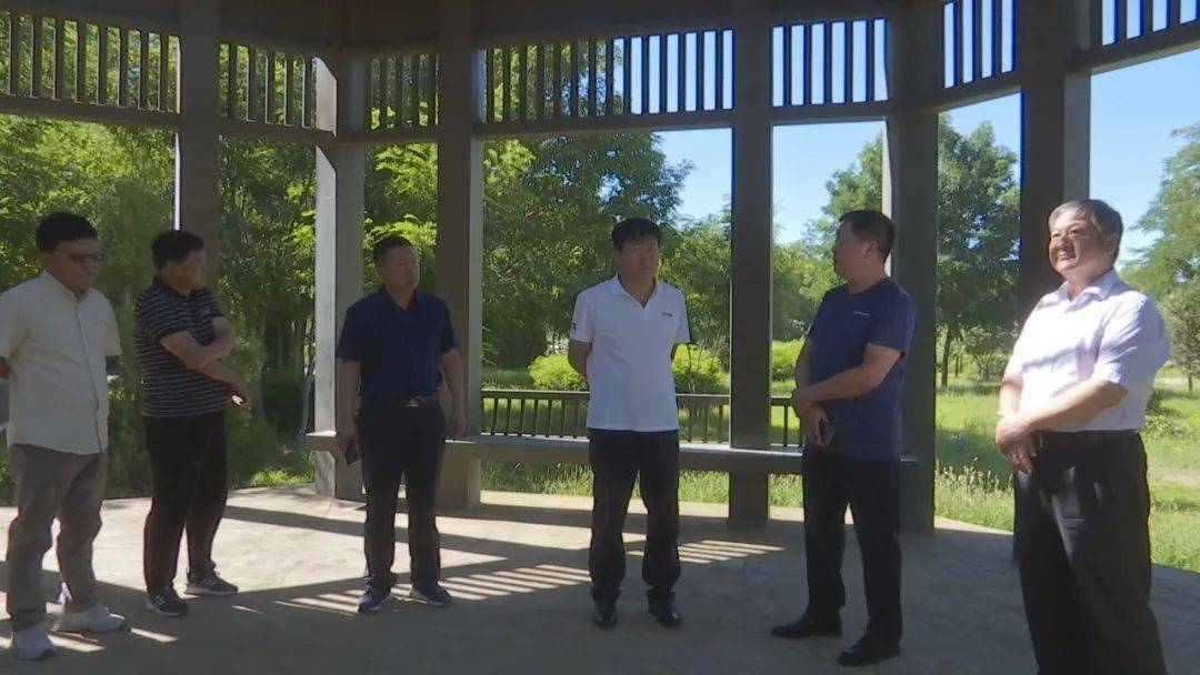 乌拉特前旗政协主席胡毕斯调研文化发展工作