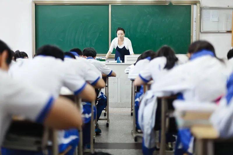 安徽一个班37人考进清华北大,老师的一则信息,让家长们沉默了!