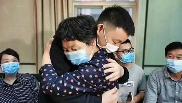 """【追踪】""""错换人生28年""""当事人诉医院索赔273万:希望法院从中调解"""