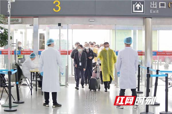 """湖南机场集团疫情防控纪实:""""战疫""""200天,他们仍在一线!"""
