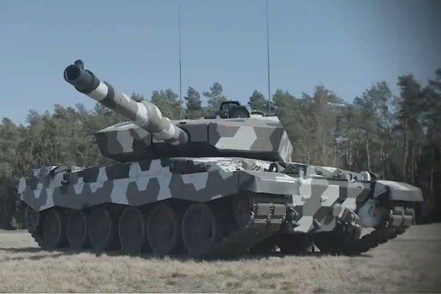 讲武谈兵|德国展示130毫米坦克炮,四代坦克火力现雏形_德国新闻_德国中文网
