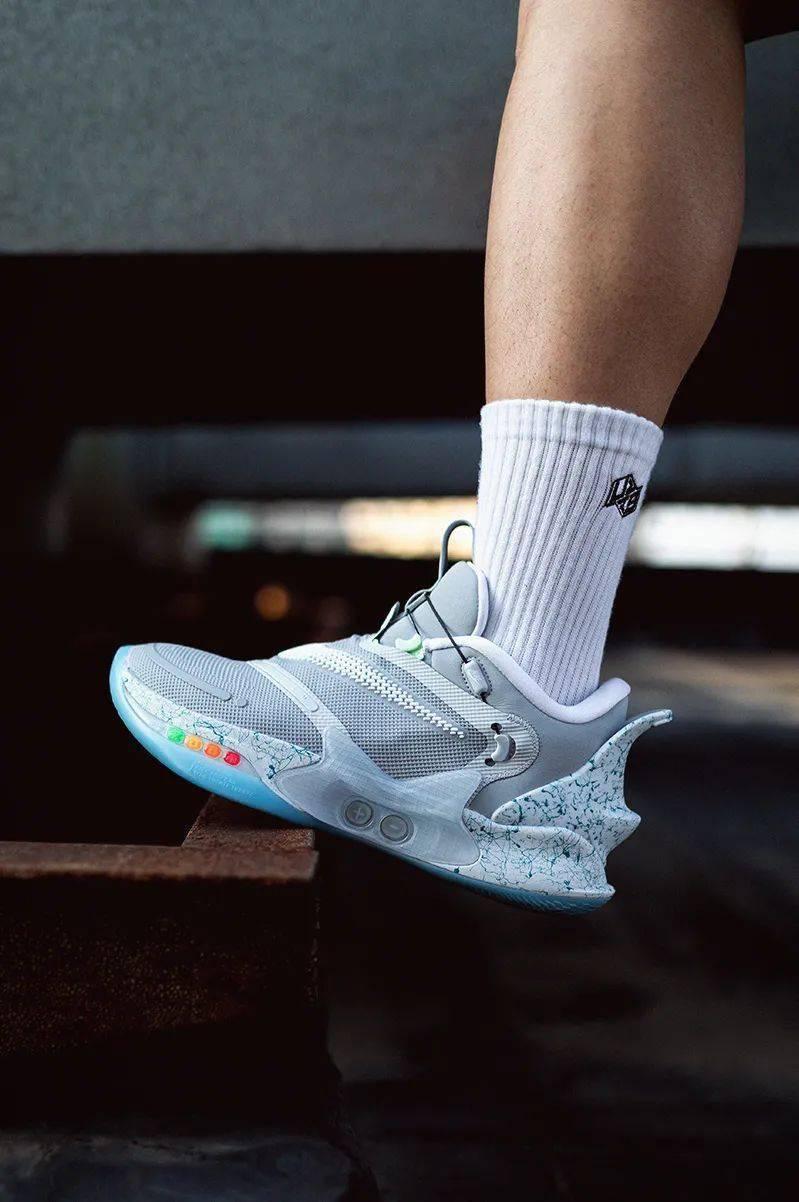 梦寐以求的酷炫功能!Nike 终于把它做出来了!路人全盯着我的鞋!插图(23)