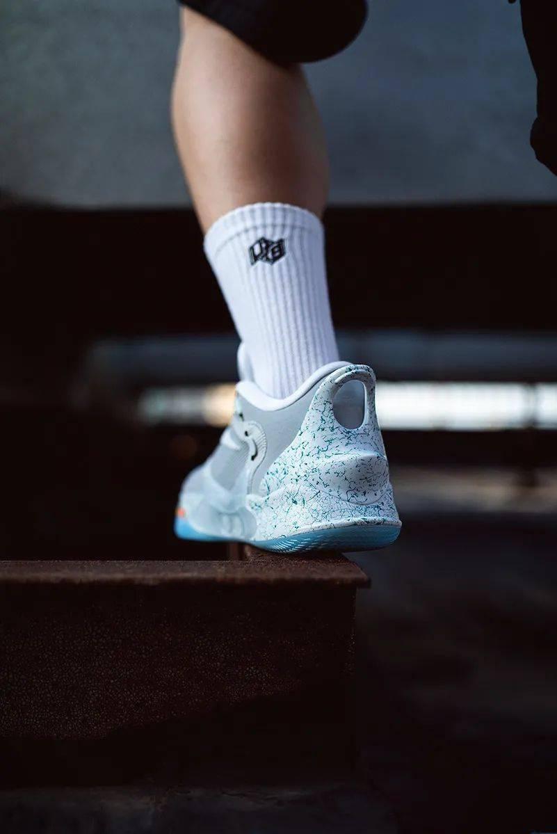 梦寐以求的酷炫功能!Nike 终于把它做出来了!路人全盯着我的鞋!插图(22)