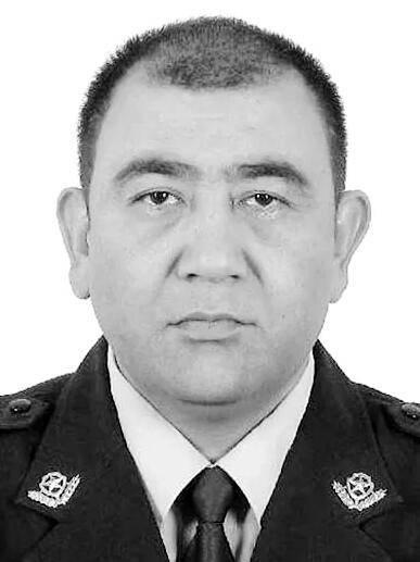 新疆喀什一名副局长和一名民警先后在工作岗位上殉职