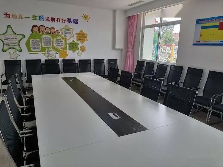 做好幼儿园环创,迎接新学期到来 武安市白沙小学雅爱幼儿园环创工作纪实图片