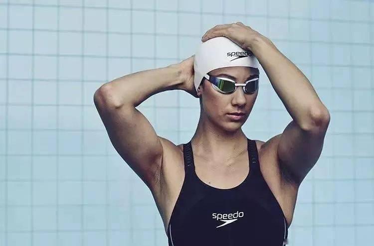 游泳会让女性肩膀变粗壮?其实可以划掉这一点。_肌肉
