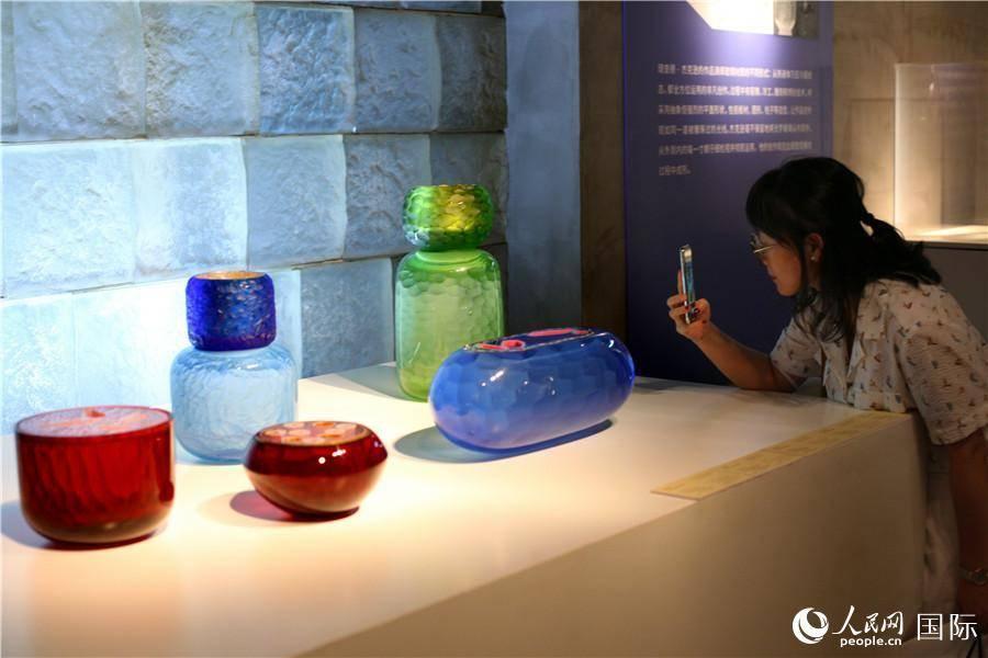 英国玻璃艺术联合展亮相上海琉璃艺术博物馆