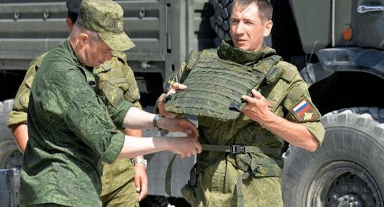 """俄罗斯成功研制""""陶瓷防弹衣""""防护性能堪比钢制装甲"""