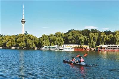 北京城市河湖变成市民亲水乐园