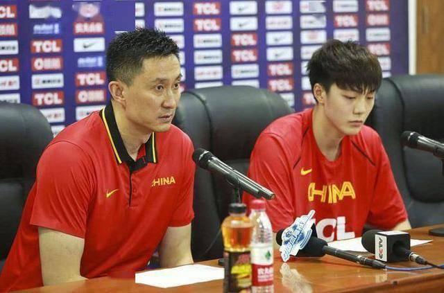 胡明轩承受采访坦言:做队长学到许多,喜欢卢比奥,并不怕杜锋