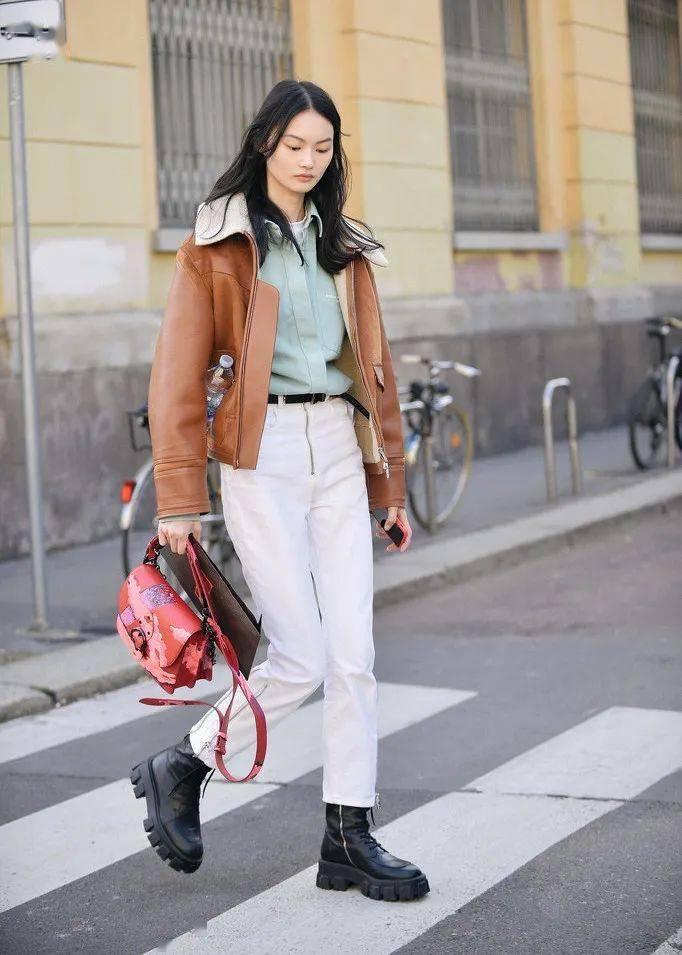 马丁靴+裙子,马丁靴+工装裤……又酷又撩,时髦炸了!     第42张